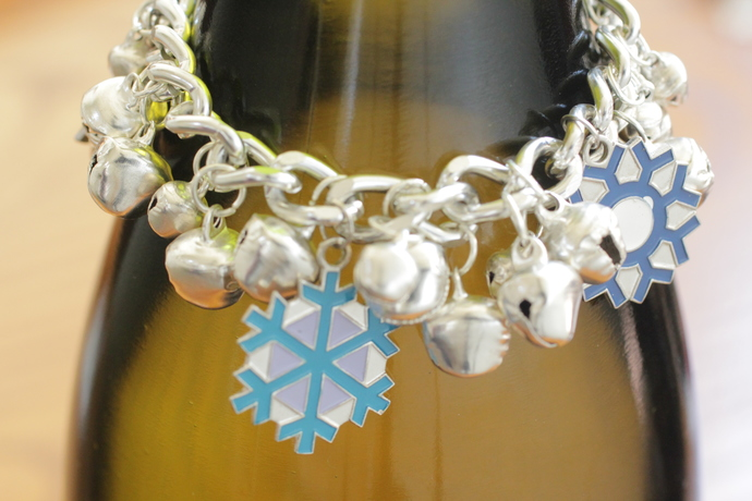 Silver snowflake bracelet with bells - 6 inches long