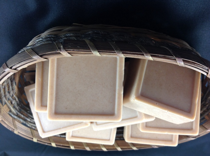 Honey Almond Goat milk soap in square bar,cold process,all natural