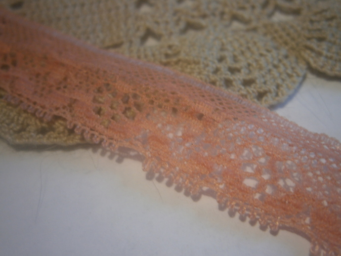 lace trim (2yds)