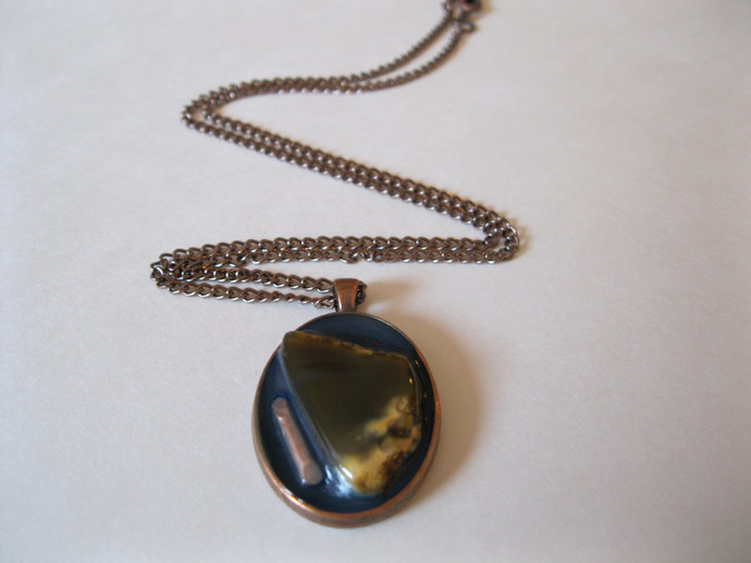 Copper necklace with brown and yellow agate, copper bezel with agate pendant,