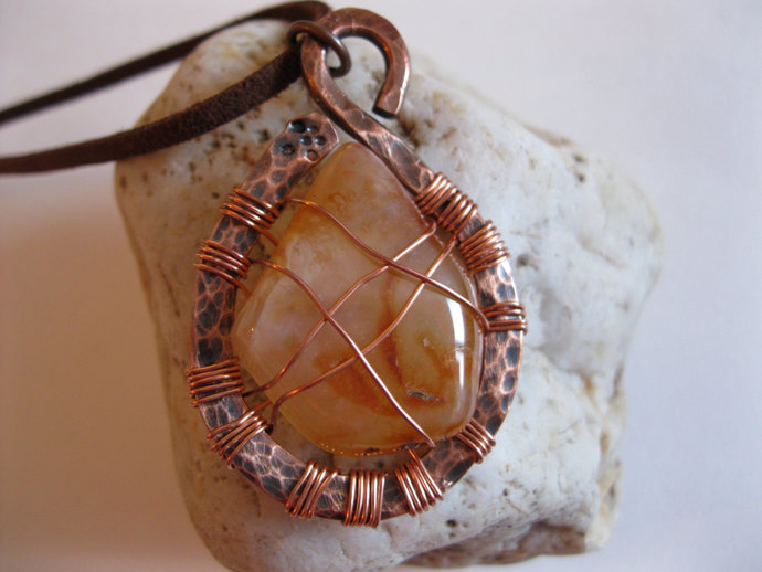 Copper and amber color agate necklace, rust color stone , agate necklace, copper