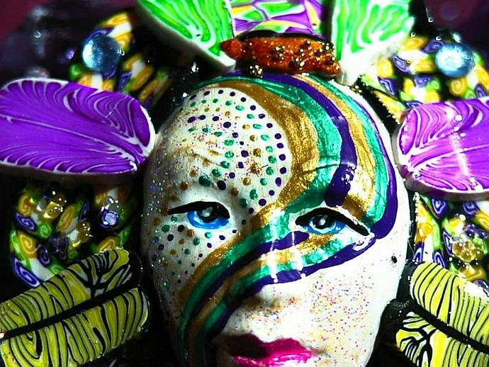 Hand sculpted polymer clay MARDI GRAS mask brooch or pin version2