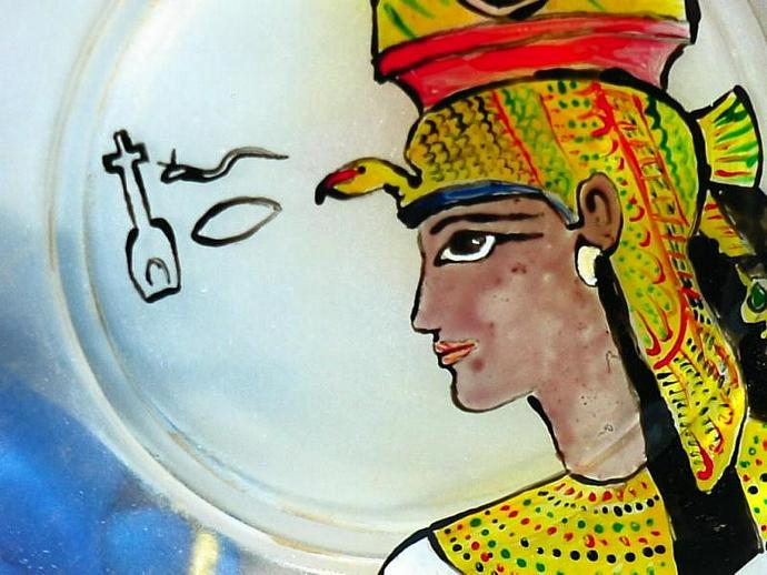 The Beauty of Nefertiti - HAND PAINTED GLASS PLATE OOAK