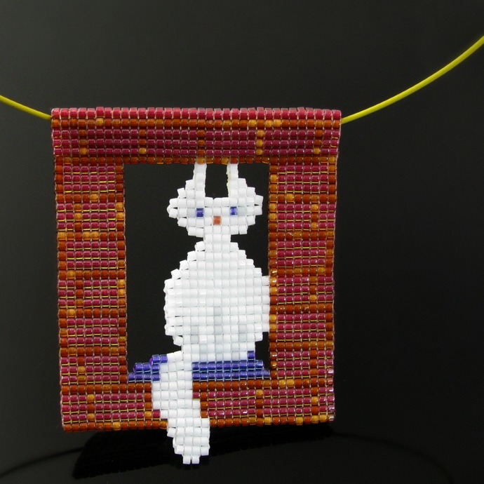 Bead loomed pendant - White cat in the window