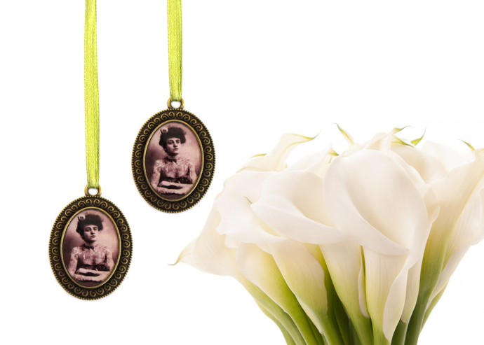 2  custom bouquet charms in antique bronze, oval with scroll detailing, custom