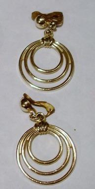 Vintage - Pale Gold 3 Ring Earrings