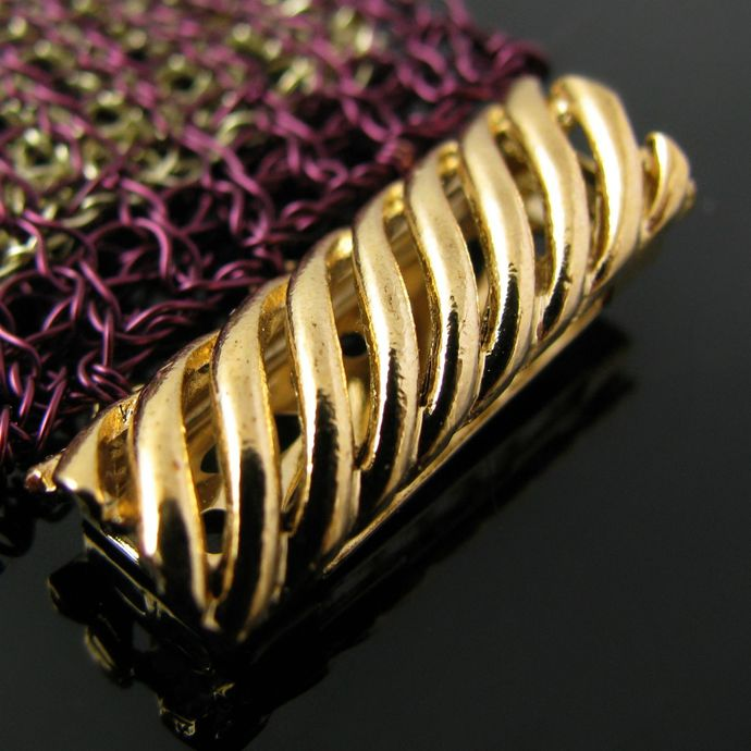 Elegant violet and golden wire knit double layer bracelet