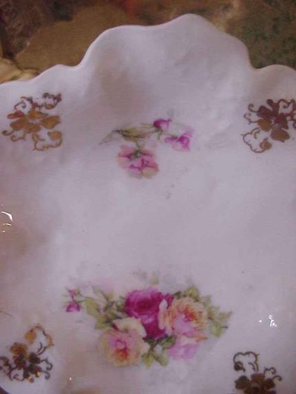 Vintage Shabby Pink Roses Leaf Shaped Dish