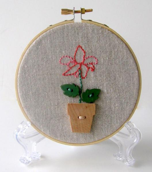Flower Pot  Hoop Art ON SALE