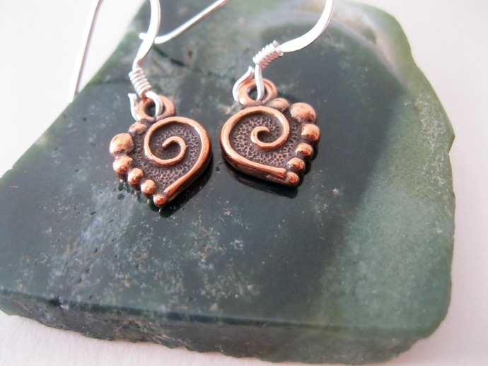 Copper spiral heart charm earrings. copper heart earrings, tiny copper heart