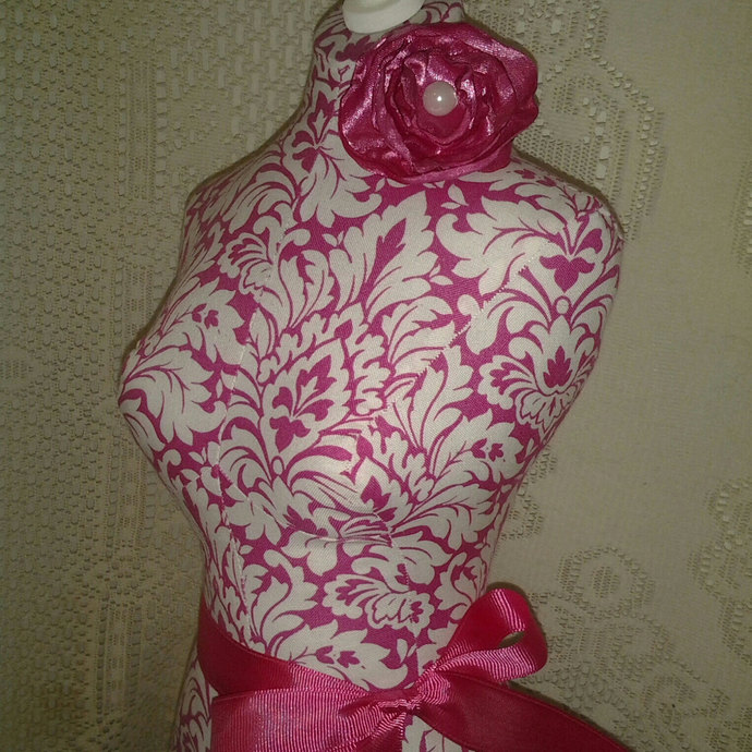 Boutique Dress Form 19 inch jewelry display pink and white damask, wood stand.