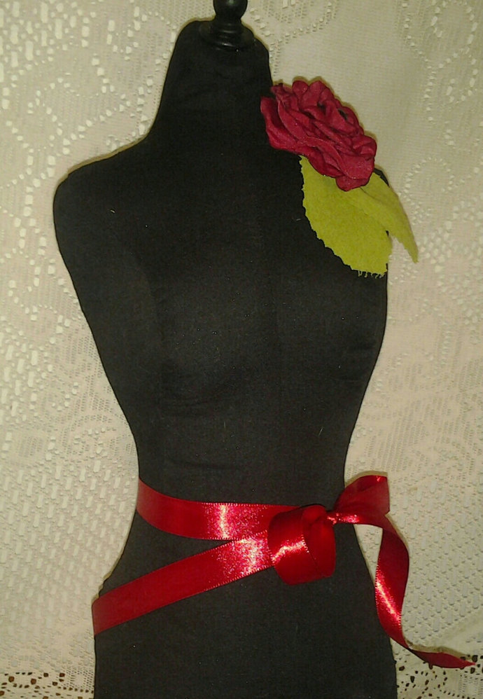 Paris Black Dress Form jewelry display. Mannequin torso designs great as home