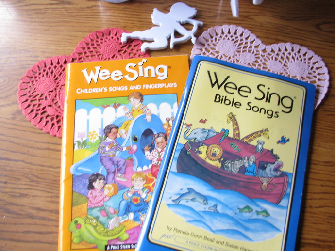 Wee Sing Book Collection- Wee Sing Children's Songs ans Finger plays and Wee