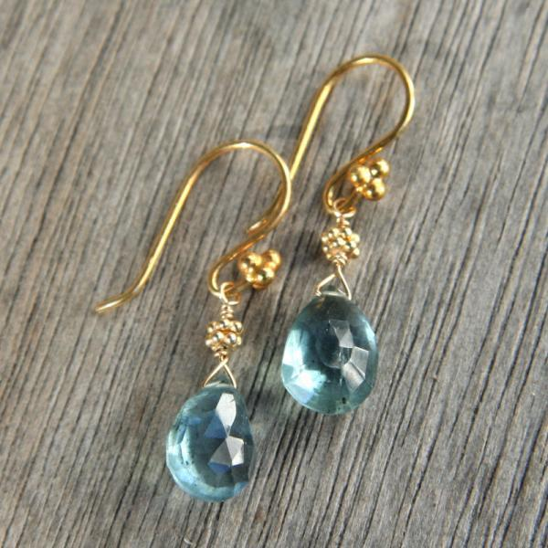 Moss Aquamarine Drop and Gold Earrings