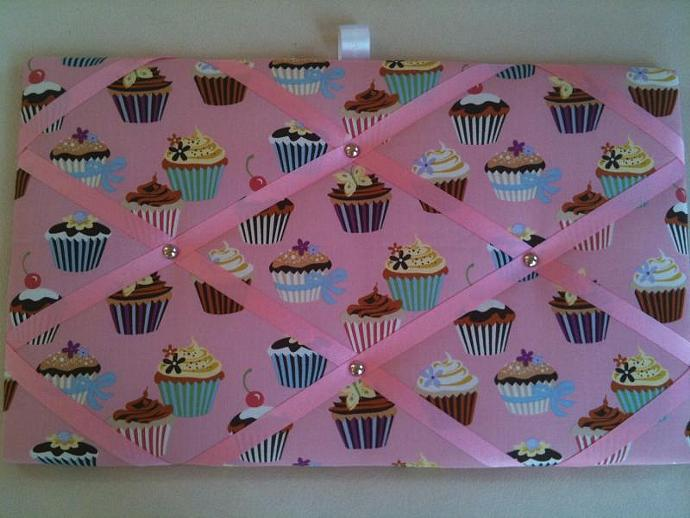 Pin board/ Notice Board/ Memo Board/ Pink Fairy Cakes/ Cup Cakes