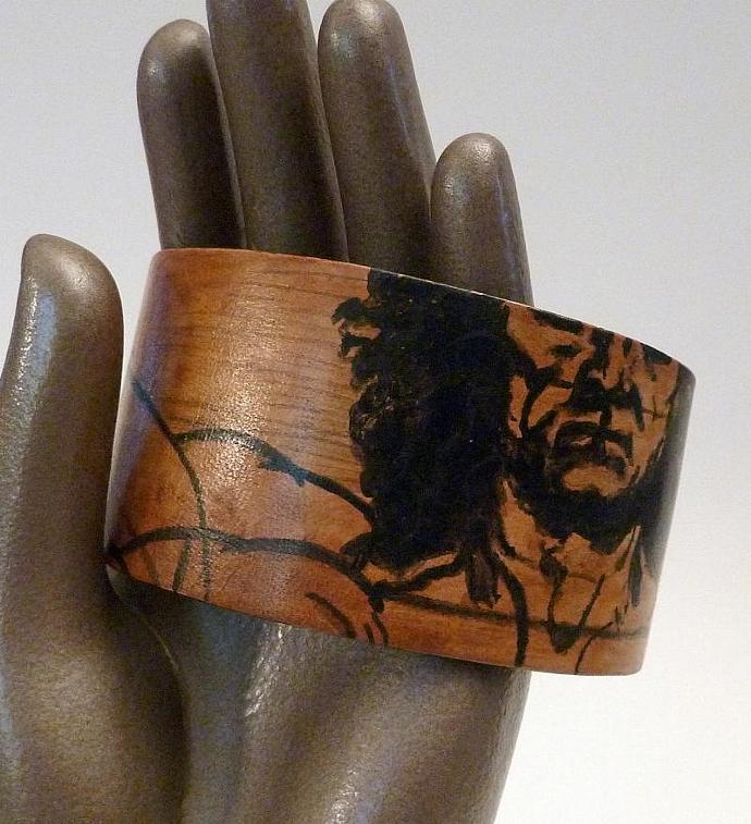 ART SLICE Hand Painted Leather Cuff Da Vinci Vitruvian Man