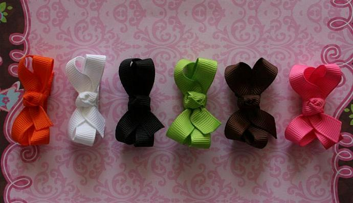 ITTY BITTY  BOWTIQUE BOWS..SET OF 6
