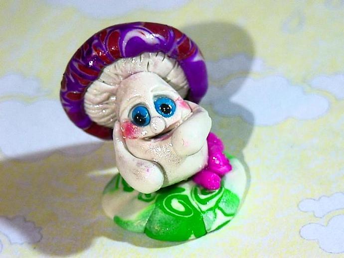 'Montegue Mushroom'-a ooak miniature figure