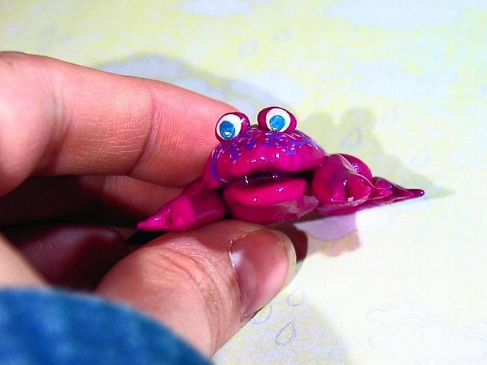 Freddy the Fushia Frog--> an ooak miniature figure