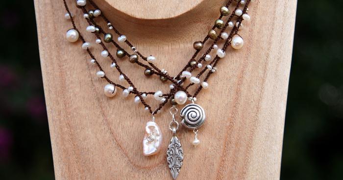Original img 0590 041010 necklaces